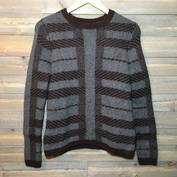 Ann Taylor Sweaters - Ann Taylor small sweater
